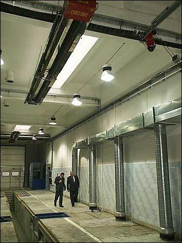 Stacja Volvo ogrzewanie promiennikowe